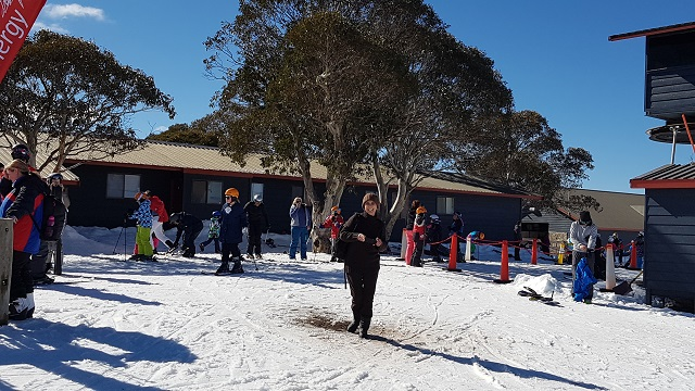 PRISTINE SNOW FIELDS AT MT SELWYN SKI RESORT a group of guests from Boutique Motel Sefton House with owner Renaa, enjoy the snow during an escorted group tour.