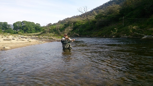 Tumut Fly Fishing instructor Tane doing fly fishing lessons