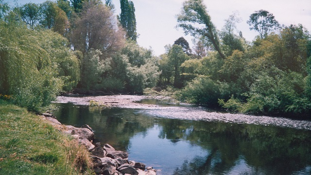 Tony from Tumut Fly Fishing does lessons and guiding on the amazing Tumut River. Try It You'll Love It.