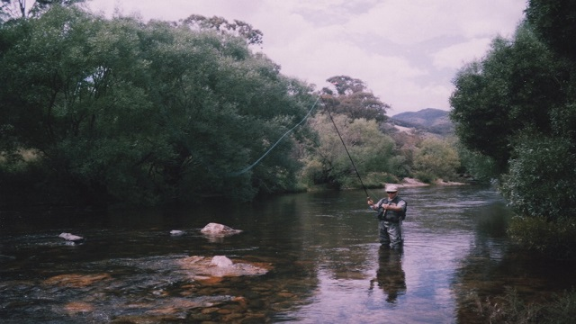 Tony from Tumut Flly Fishing on the Goobarragandra River doing fly fishing lessons. Try It You'll Love It.